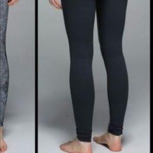 lululemon athletica Pants - Lululemon Mosaic Print Wunder Unders